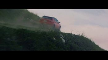 2017 Jeep Compass TV Spot, 'Missed Flight' - Thumbnail 8