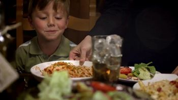 Olive Garden Buy One Take One TV Spot, 'Family Time' - Thumbnail 2