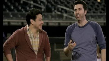 T-Mobile TV Spot, 'Salida al campo' con Nelson Cruz [Spanish] - Thumbnail 2