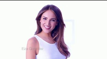 Neutrogena Light Therapy Mask TV Spot, 'Eiza González revela' [Spanish] - 2135 commercial airings