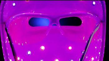 Neutrogena Light Therapy Mask TV Spot, 'Eiza González revela' [Spanish] - Thumbnail 4