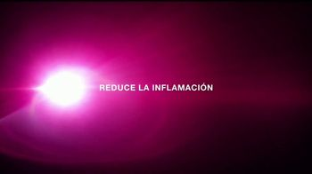 Neutrogena Light Therapy Mask TV Spot, 'Eiza González revela' [Spanish] - Thumbnail 6