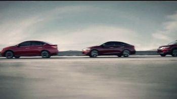 Nissan La Línea del Ahorro TV Spot, 'La familia Rogue' [Spanish] [T2] - Thumbnail 2