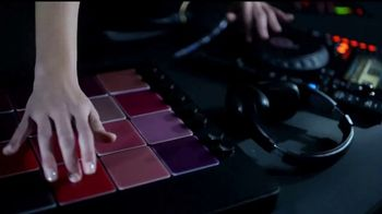 L'Oreal Paris Matte Addiction TV Spot, 'Lujo y confort' [Spanish] - Thumbnail 3
