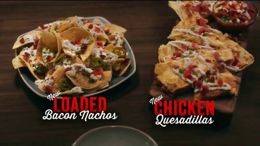TGI Friday's Endless Apps TV Commercial, 'Bacon Nachos and Chicken Quesadillas'