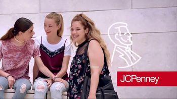 JCPenney TV Spot, 'Feminine Tops' - Thumbnail 10