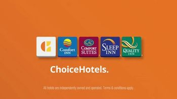 Choice Hotels TV Spot, 'Badda Book, Badda Boom: Big Idea' - Thumbnail 3