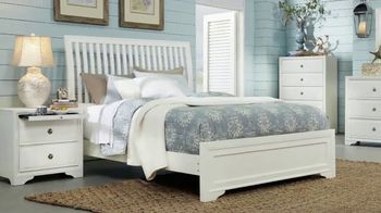 Rooms to Go Summer Sale and Clearance TV Spot, 'Five Piece Bedroom' - Thumbnail 3