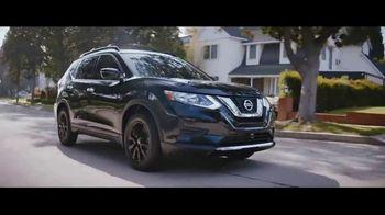 Nissan TV Spot, 'Edición Midnight: 2017 Rogue Sport' [Spanish] [T2] - Thumbnail 6