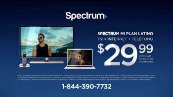 Spectrum Mi Plan Latino TV Spot, 'Familia Pérez' con Gaby Espino [Spanish] - Thumbnail 4