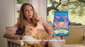 Blue Buffalo Indoor Health Cat Food TV Spot, 'Cassie' - Thumbnail 10