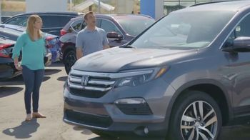 Honda TV Spot, 'HGTV: The Hunt Continues' [T1] - Thumbnail 6