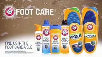 Arm and Hammer Foot Care TV Spot, 'Skunk or Foot Funk' - Thumbnail 8