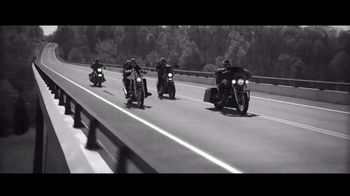 Apple Music TV Spot, 'The Ones That Like Me' Featuring Brantley Gilbert - Thumbnail 6