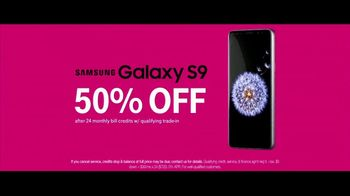 T-Mobile TV Spot, 'Samsung Galaxy S9 for 50 Percent Off: Boat' - Thumbnail 10