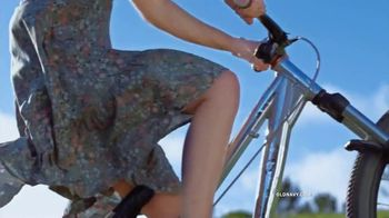 Old Navy TV Spot, 'Say Hi to the Tiered Cami Dress' Song by Icona Pop - Thumbnail 8