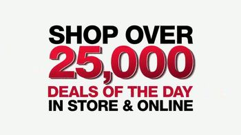 Macy's One Day Sale TV Spot, 'Suits, Comforter Sets and Appliances' - Thumbnail 10