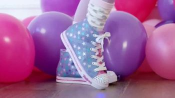 SKECHERS Twinkle Toes TV Spot, 'Get the Party Started' - Thumbnail 3