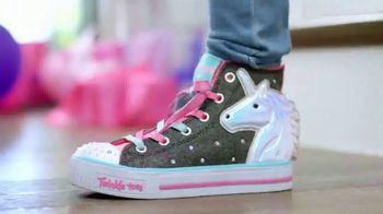 SKECHERS Twinkle Toes TV Spot, 'Get the Party Started' - Thumbnail 4