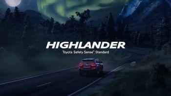 Toyota Highlander TV Spot, 'Hornets' [T1] - Thumbnail 8