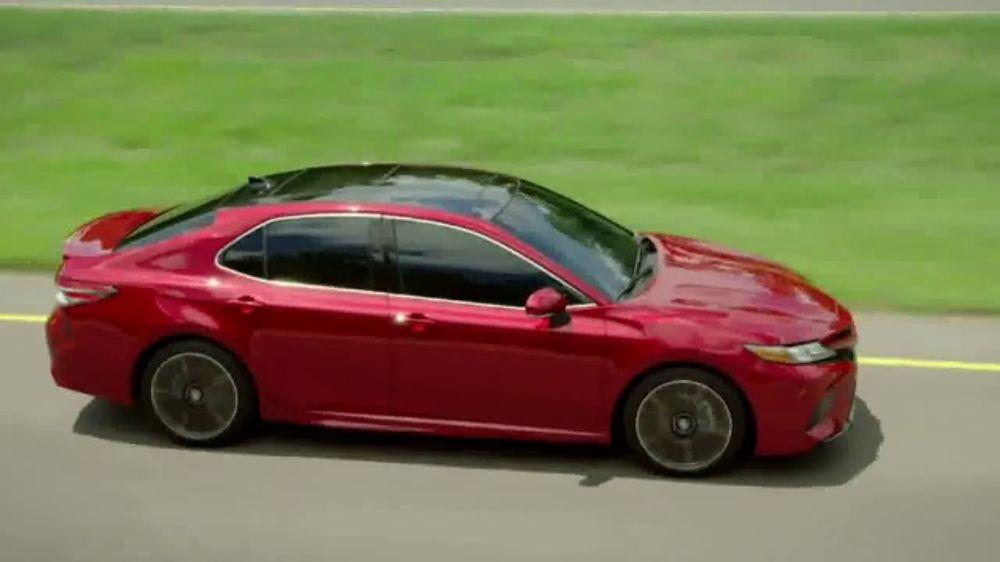 Test Drive: 2015 Toyota Camry XLE - TestDriven.TV