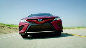 2018 Toyota Camry TV Spot, 'The Thrill Machine' [T1] - Thumbnail 3