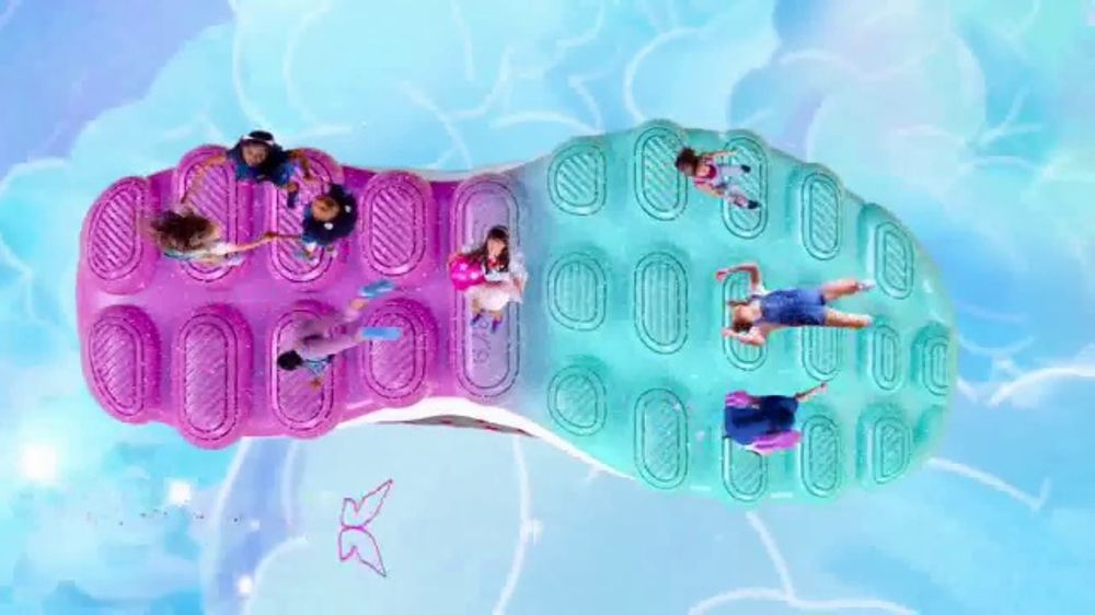 SKECHERS Skech-Air TV Commercial, 'A World of Bouncing Fun'