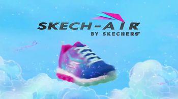 SKECHERS Skech-Air TV Spot, 'A World of Bouncing Fun' - Thumbnail 10
