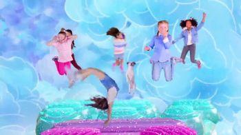 SKECHERS Skech-Air TV Spot, 'A World of Bouncing Fun' - Thumbnail 7