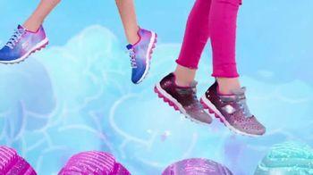 SKECHERS Skech-Air TV Spot, 'A World of Bouncing Fun' - Thumbnail 8