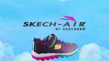 SKECHERS Skech-Air TV Spot, 'A World of Bouncing Fun' - Thumbnail 9