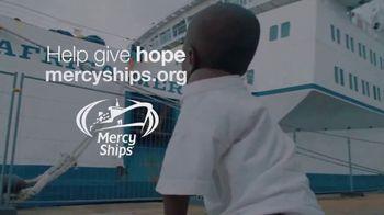 Mercy Ships TV Spot, 'Providing Access' - Thumbnail 8