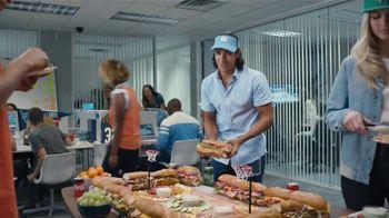 Coca-Cola TV Spot, 'Food Feud' - Thumbnail 6