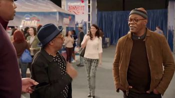 Capital One TV Spot, '2018 March Madness: Spending Habits' Ft. Spike Lee - Thumbnail 4