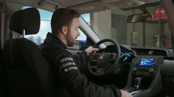 Honda Dream Garage Spring Event TV Spot, 'Sport Mode' [T2] Ft. James Hinchcliffe - Thumbnail 5