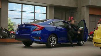Honda Dream Garage Spring Event TV Spot, 'Sport Mode' [T2] Ft. James Hinchcliffe - Thumbnail 6