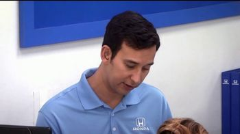 Honda Dream Garage Spring Event TV Spot, 'Service Upgrade' [Spanish] [T2] - Thumbnail 3