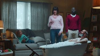 State Farm TV Spot, 'Awkward Photo' - Thumbnail 4
