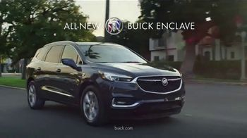 2018 Buick Enclave TV Spot, 'March Madness: Dog Walker' Song by Matt and Kim [T2] - Thumbnail 7
