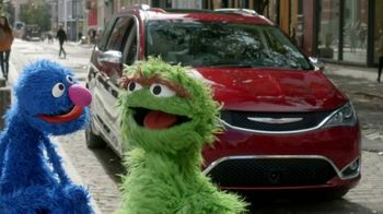 Chrysler Pacifica TV Spot, 'Trash Talk' [Spanish] [T2]