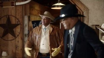 Capital One TV Spot, 'March Madness: Hitting the Trail' Ft. Charles Barkley - Thumbnail 4
