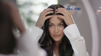 Clairol Root Touch-Up TV Spot, 'Sin la peluquería' [Spanish]