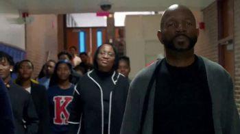 American Family Insurance TV Spot, 'Class Reunion' Feat. Jennifer Hudson - Thumbnail 4