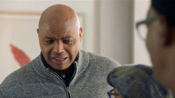 Capital One TV Spot, 'March Madness: Welcome' Featuring Samuel L. Jackson - Thumbnail 8