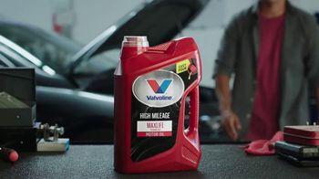 Valvoline High Mileage MaxLife TV Spot, 'Producto del año' [Spanish] - Thumbnail 3