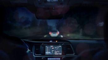 Toyota Highlander TV Spot, 'Bats' [T1] - Thumbnail 5