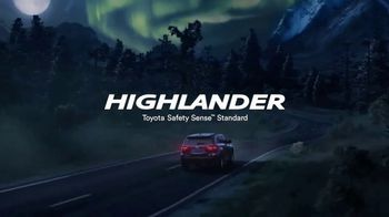 Toyota Highlander TV Spot, 'Bats' [T1] - Thumbnail 9