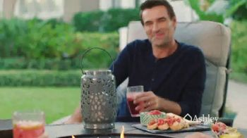 Ashley HomeStore Outdoor Collection TV Spot, 'Ready for Summer?' - Thumbnail 5