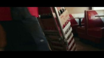 The Coca-Cola Company TV Spot, 'Somos más' [Spanish] - Thumbnail 1