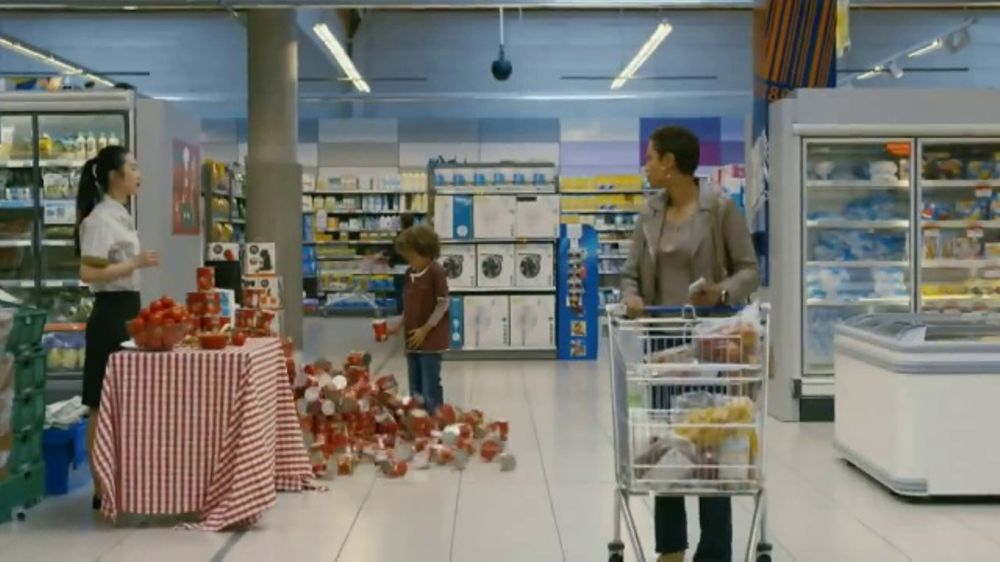 XFINITY Mobile TV Commercial, 'Do Everything: Prepaid Card'